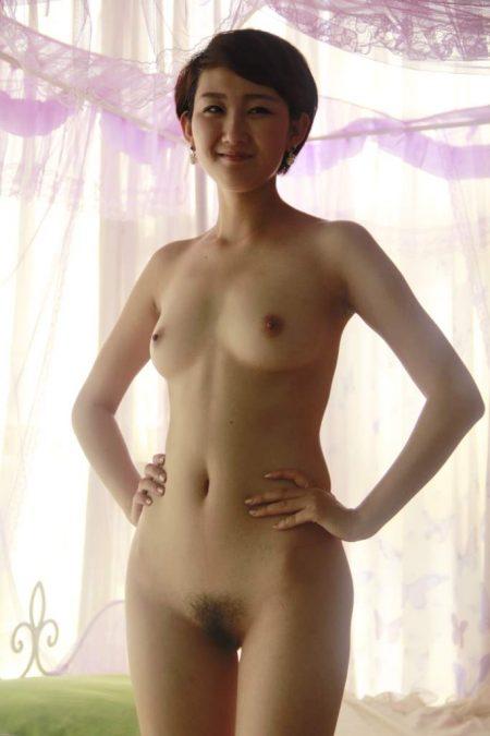 美麗的雪白肉體 [5P]