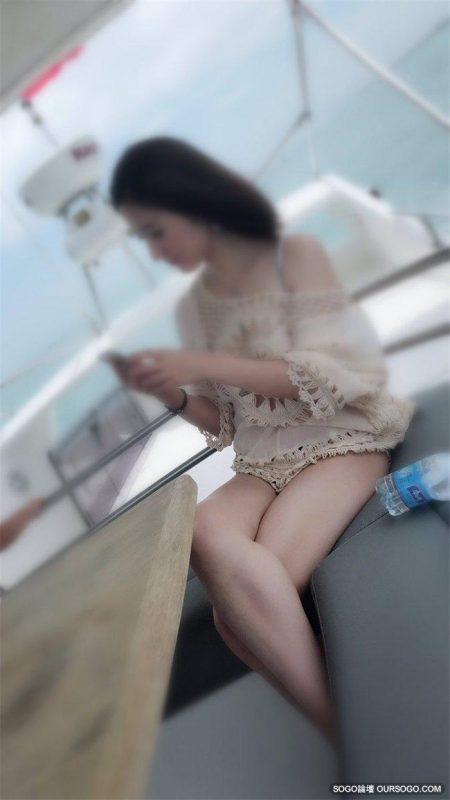 換妻俱樂部的美少婦自拍 [14P]